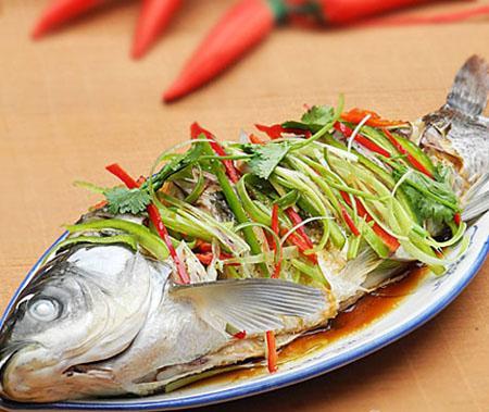 Cá hấp muối_Món ăn ngon cuối tuần