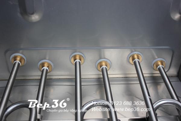 Thanh nhiệt tủ nấu cơm được trang bị gioăng đệm Silicon chịu nhiệt cực tốt, an toàn cho người sử dụng