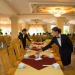 Tủ nấu cơm đồng hành cùng nhà hàng Gia Viên
