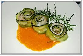 Bí cuộn cá hấp